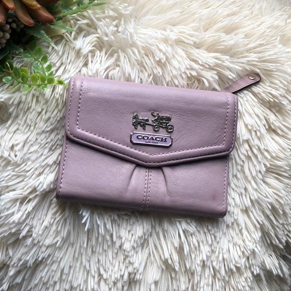 Coach Handbags - COACH Authentic Leather Wallet